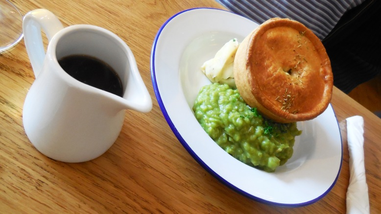 frank-about-foods-lord-of-the-pies-chorlton-17