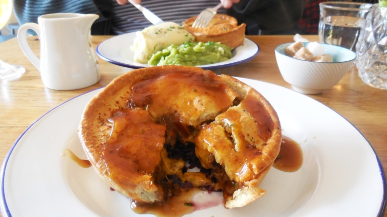 frank-about-foods-lord-of-the-pies-chorlton-8